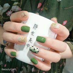 绿色方圆形短指甲夏天简约贝壳片晕染手绘不规则的美甲美甲图片