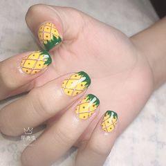 黄色绿色方形夏天格纹短指甲美甲图片