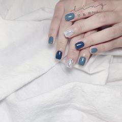 蓝色方形夏天简约跳色晕染灰色美甲图片