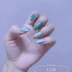 绿色方形夏天贝壳片金箔晕染夏日的一抹清凉😊美甲图片