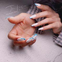 蓝色异形简约手绘日式白色几何 极简美甲图片