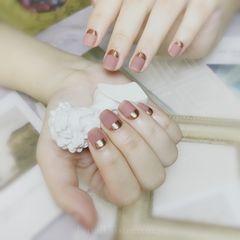 方圆形磨砂上班族短指甲简约美甲图片