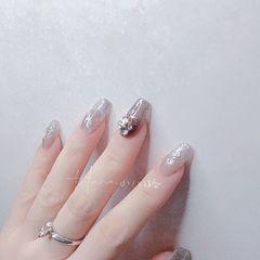 银色方形夏天格纹跳色上班族新娘短指甲简约贝壳片渐变晕染金箔脚美甲图片