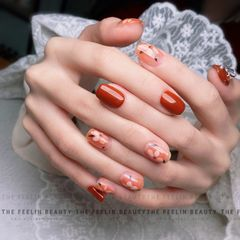 橙色红色方圆形短指甲花朵夏天简约上班族晕染手绘日式小发发|美甲图片