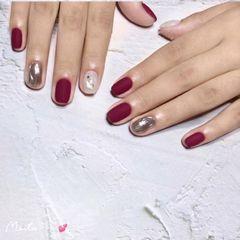 酒红色方形磨砂秋冬显白色美甲图片