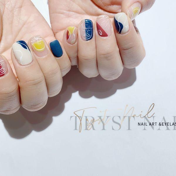 黄色蓝色红色方形短指甲夏天跳色脚简约手绘几何美甲图片