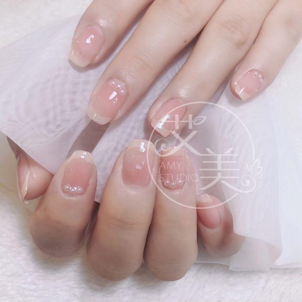 贝壳片钻饰日式美甲图片